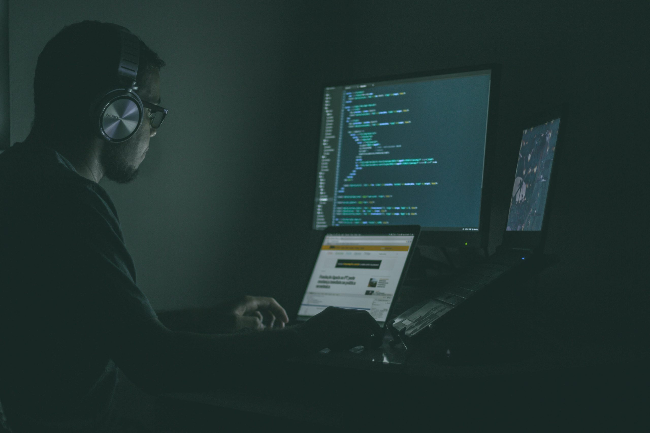 5 Cybersecurity Defenses Every Small Business Needs
